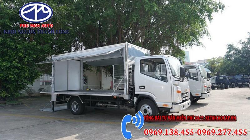Xe tải Jac 1t9 Đầu Vuông Thùng Kín Cánh Dơi
