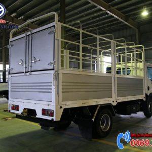 Xe Tải Nissan 3T5 Thùng Bạt