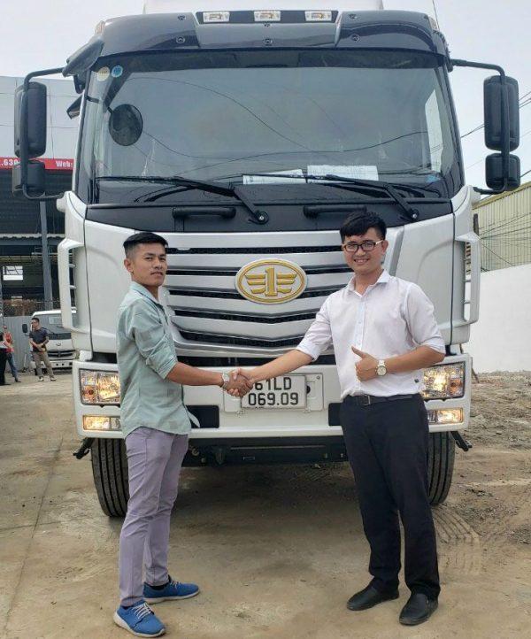 xe tải faw thùng dài